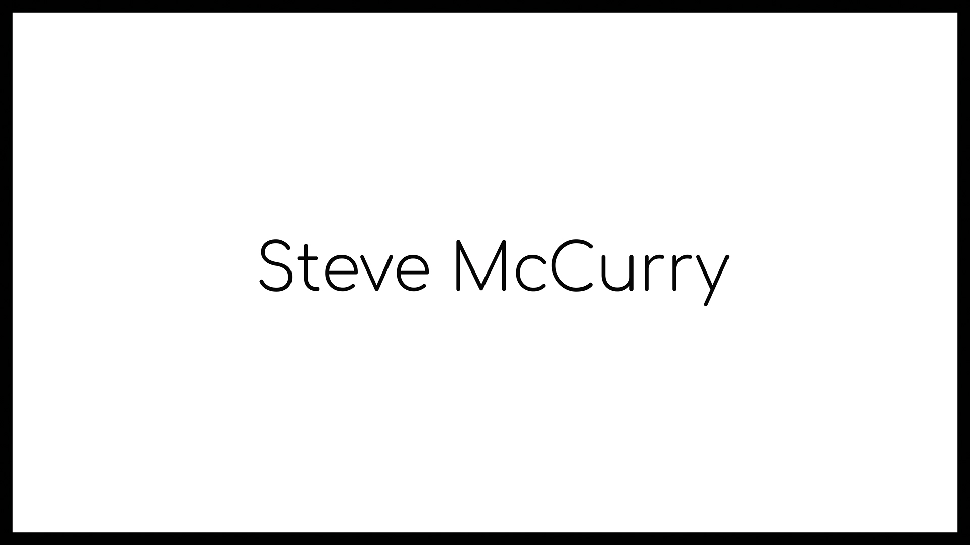 Loomen Studio Web Agency Sala Posa Fotografia Photomonographs Steve McCurry